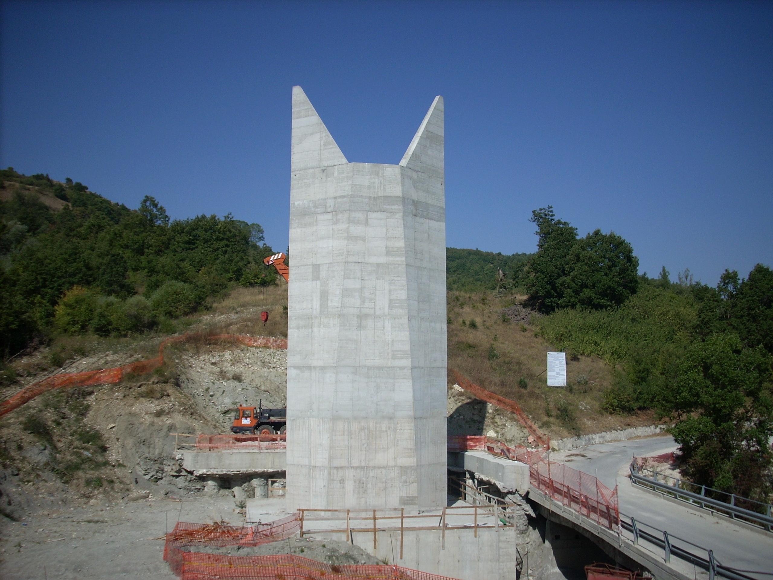 Realizzazione-viadotto-con-impalcato-in-ferro-SS-17-Isernia-2