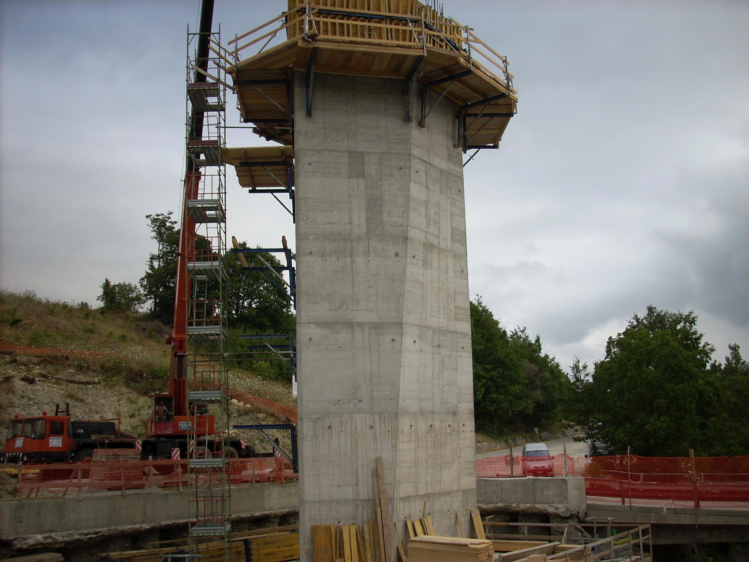 Realizzazione-viadotto-con-impalcato-in-ferro-SS-17-Isernia
